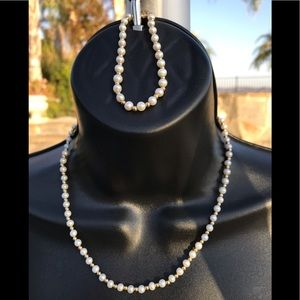 Jewelry - Necklace & bracelet. Cultured pearl with 14k gold